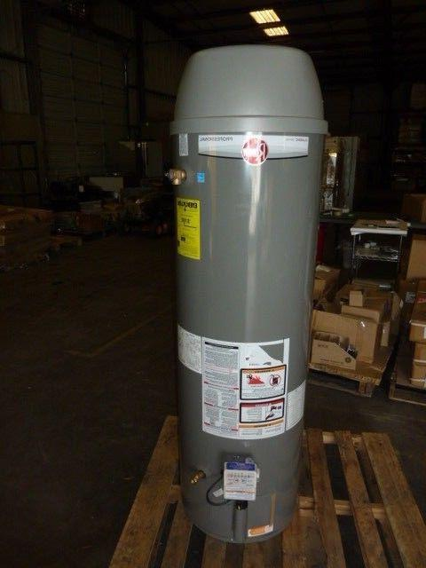NEW Rheem Ruud  40 Gallon Natural Gas Water Heater 40K BTU