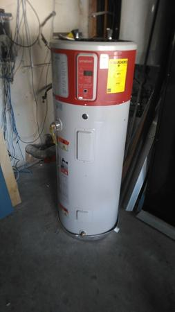 NEW Other Energy Efficient GE GeoSpring™ 50 Gallon Hybrid